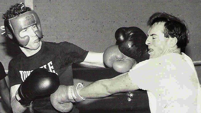 877573-tony-abbott-boxing